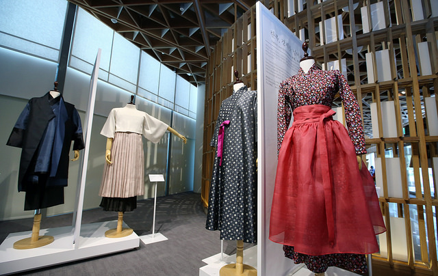 hanbok display
